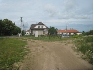 Prodej pozemku pro bydlení  v Dyjákovičkách, okres Znojmo